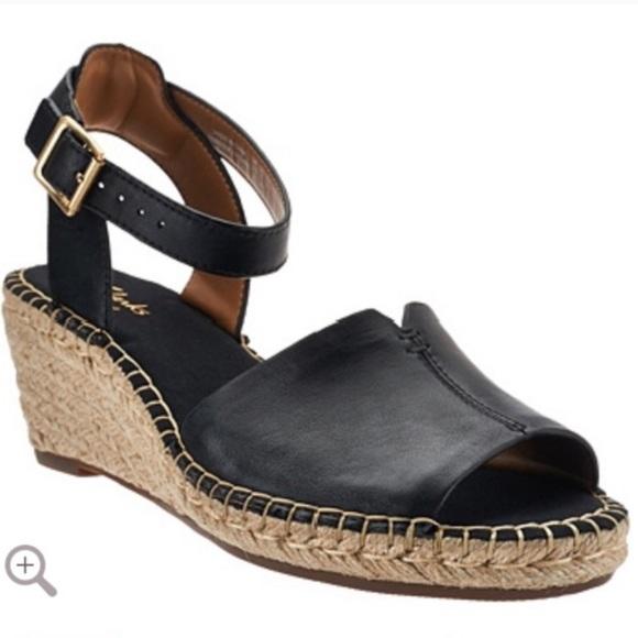 9e6b058cebb Clarks Artisan Leather Espadrille Wedge Sandal 9.5